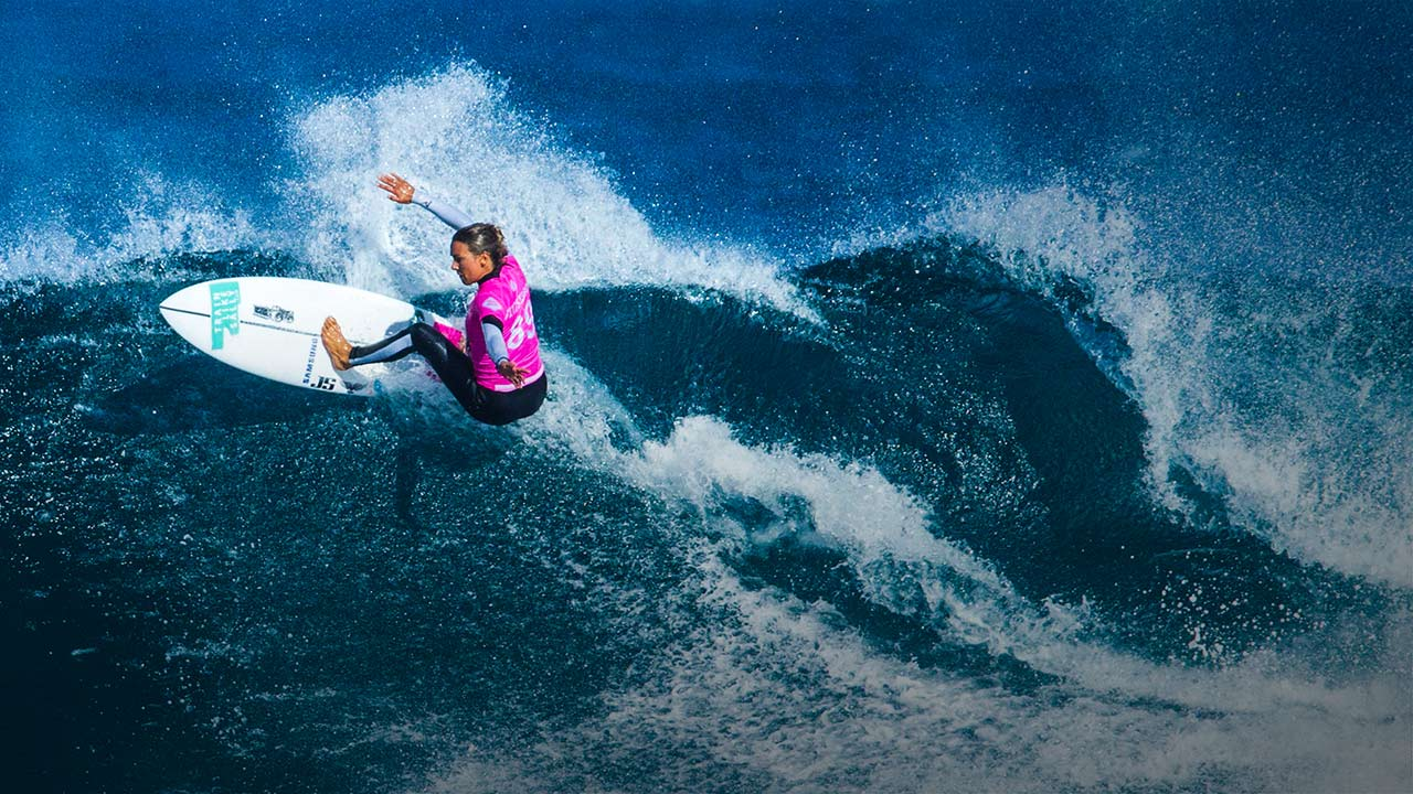 Sally Fitzgibbons - Surfing - PlayersVoice