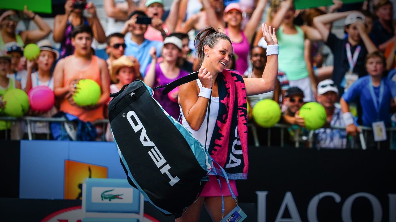Casey Dellacqua - Tennis - PlayersVoice